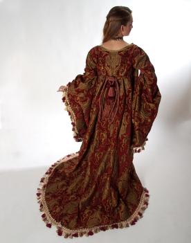 Back view; Jacket drape